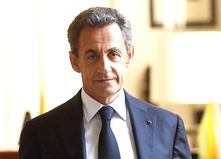 """Nicolas Sarkozy: « Quand un pays bâtit et entreprend, il est en """"renaissance"""". Quand il ne construit plus, il est en déclin. C'est comme cela qu'il faut comprendre le Grand Paris. » © @sebastienvalente"""